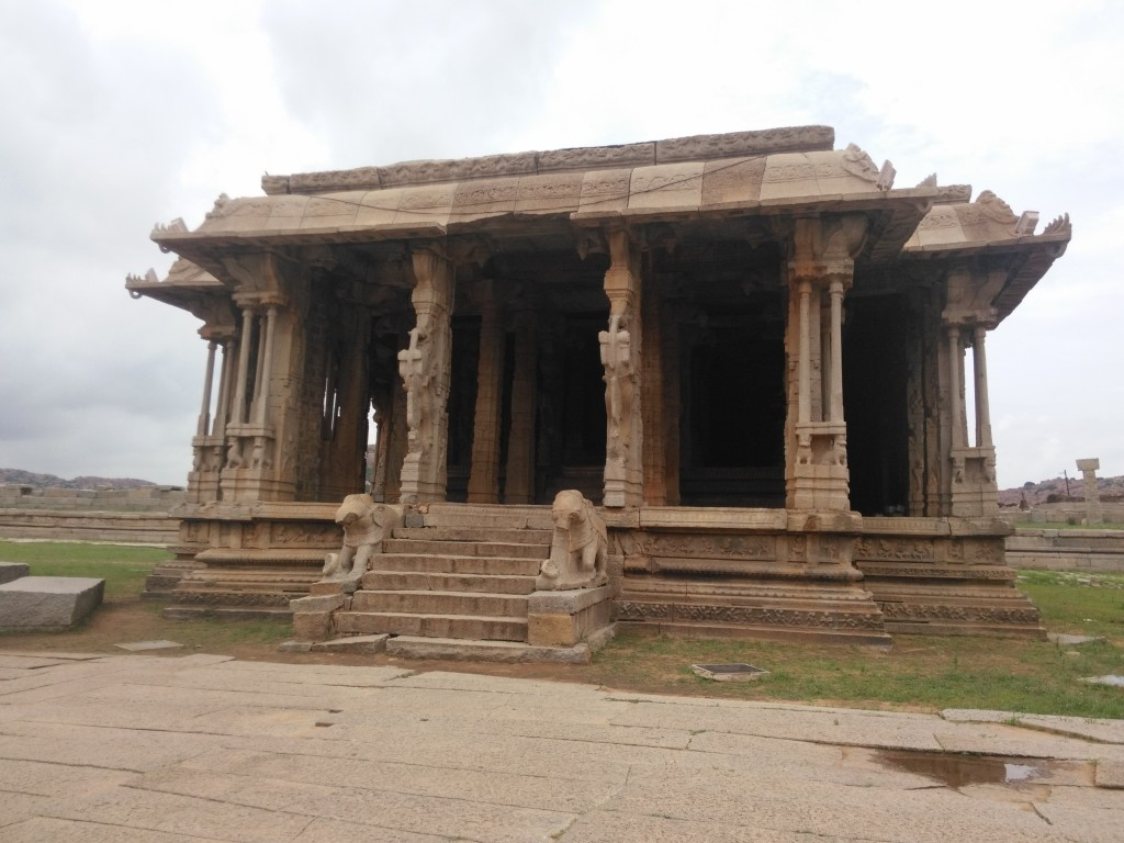One of the many Hampi buildings. This one has columns that were used as musical instruments.
