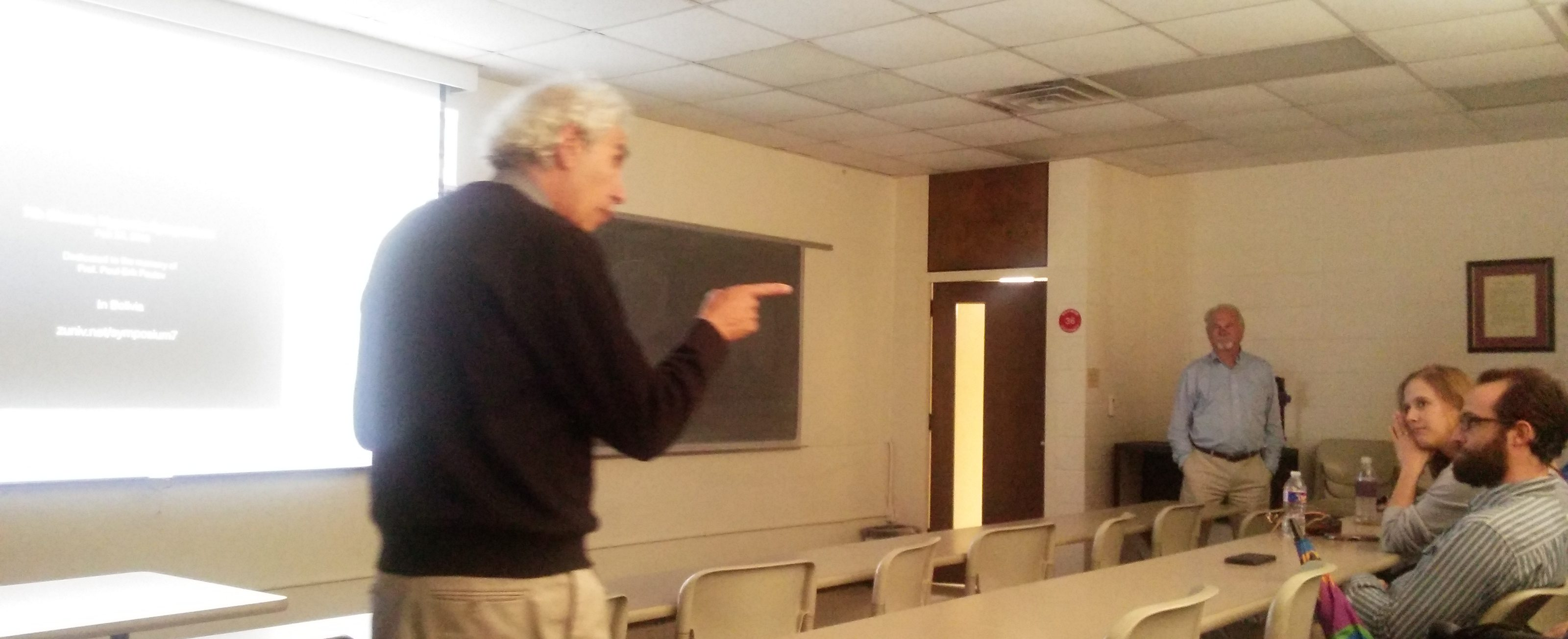 Prof. Dr. Gustavo Zubieta-Calleja, explaining the logic behind his proposal for future space travel. Biology aiding Physics in the conquest of Space.